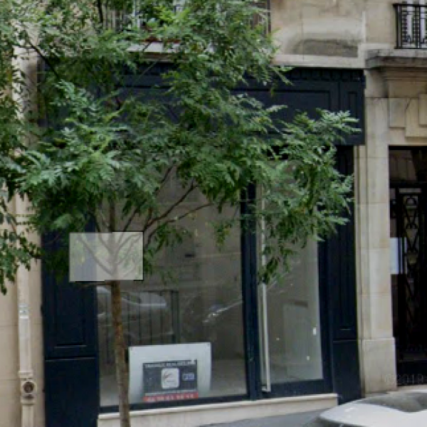 Location Immobilier Professionnel Local commercial Paris 75018